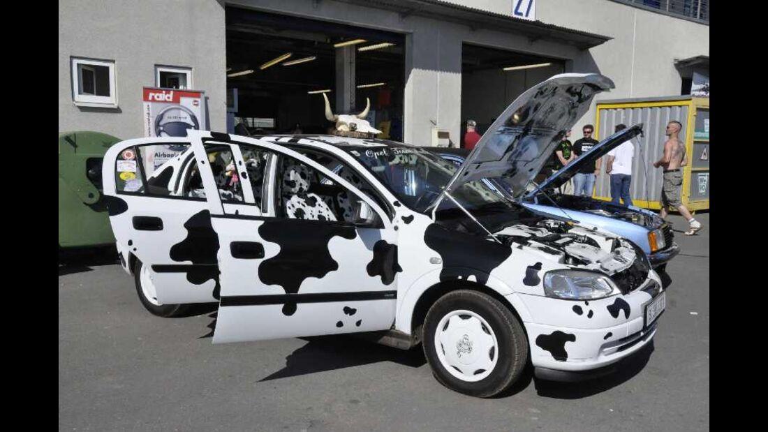 Opel Astra G im Kuhdesign