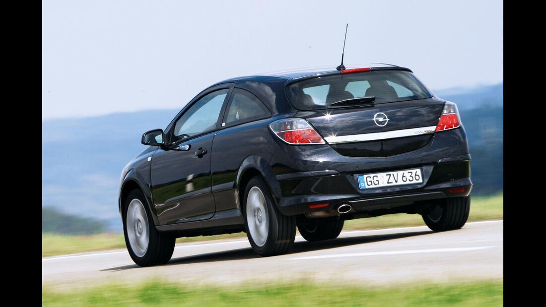 Opel Astra GTC 1.4, Heckansicht