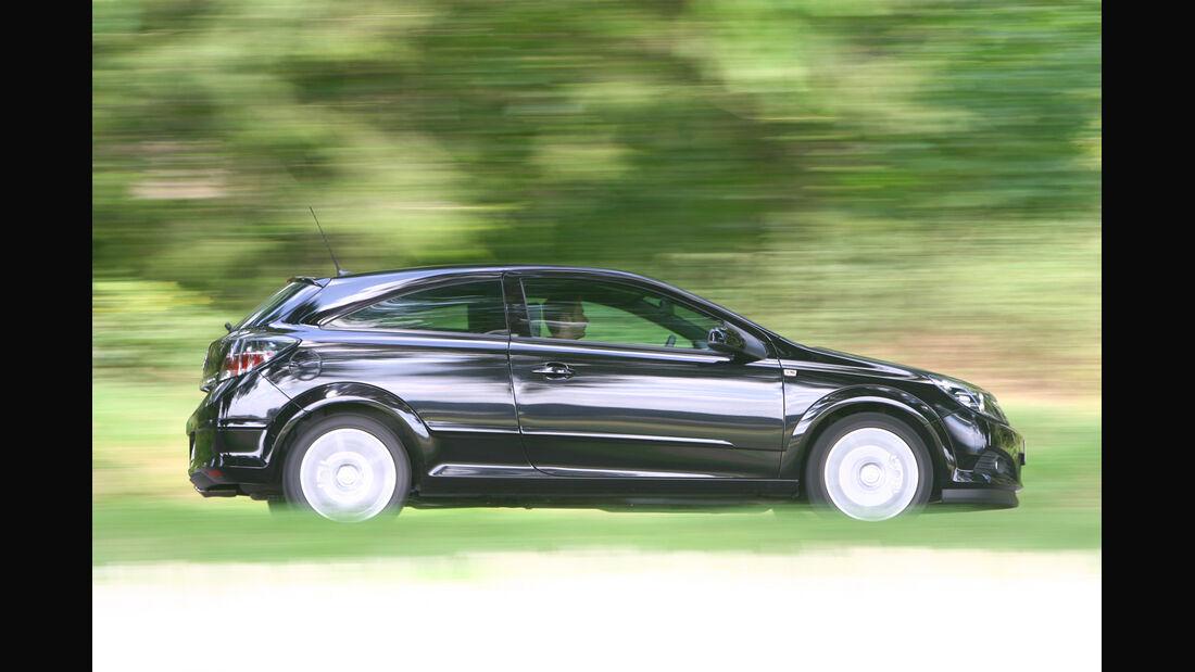 Opel Astra GTC 1.4, Seitenansicht
