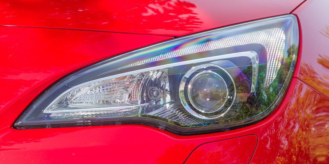 Opel Astra GTC 1.4 Turbo, Frontscheinwerfer