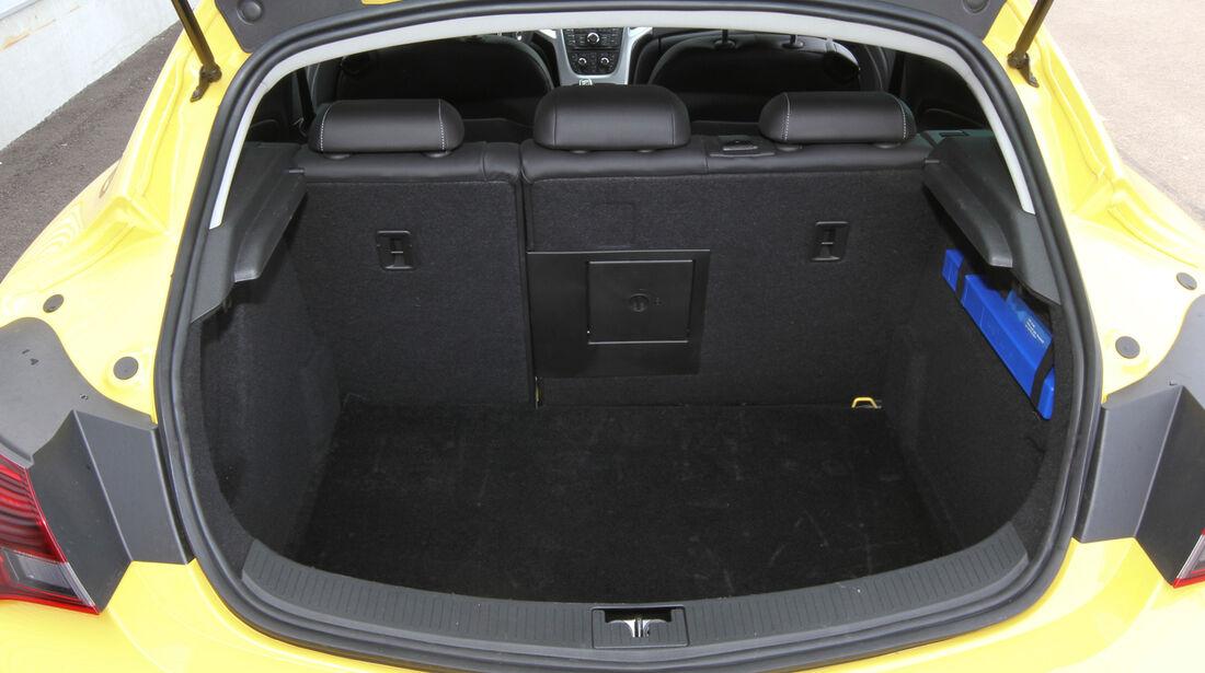 Opel Astra GTC 1.4 Turbo, Kofferraum