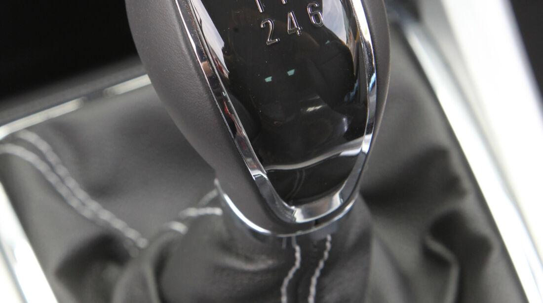 Opel Astra GTC 1.4 Turbo, Schalthebel, Schaltknauf