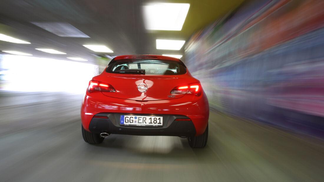Opel Astra GTC 2.0 CDTi