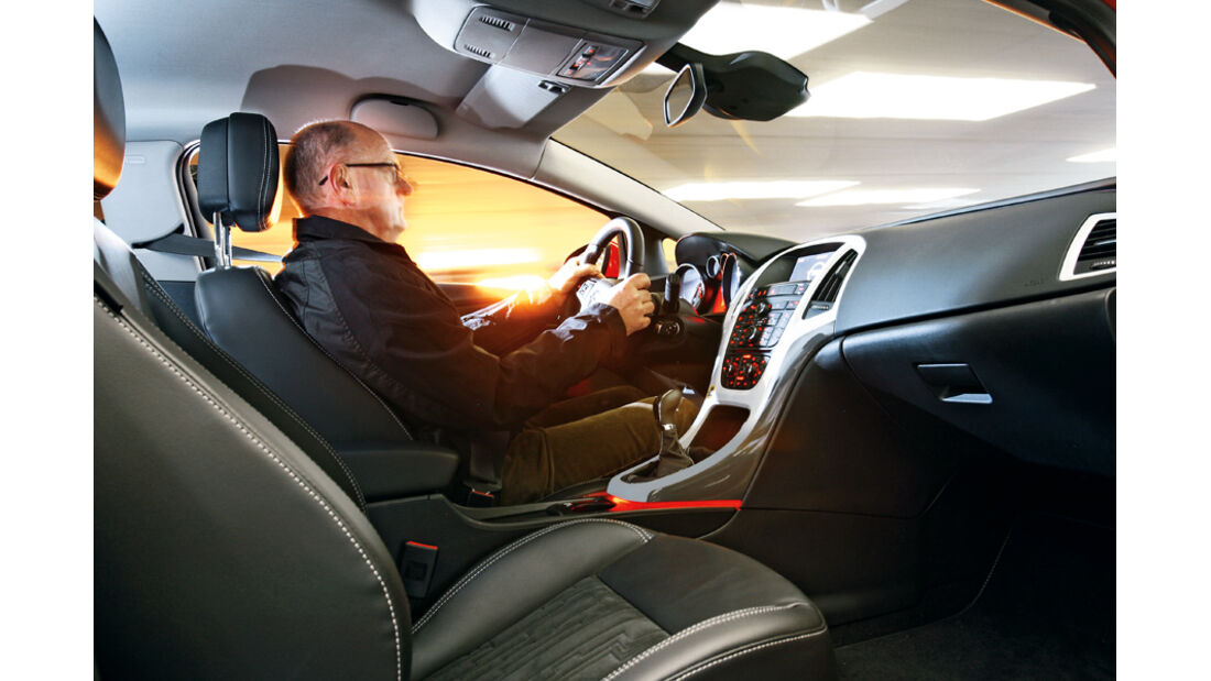 Opel Astra GTC 2.0 CDTi, Fahrer, Innenraum
