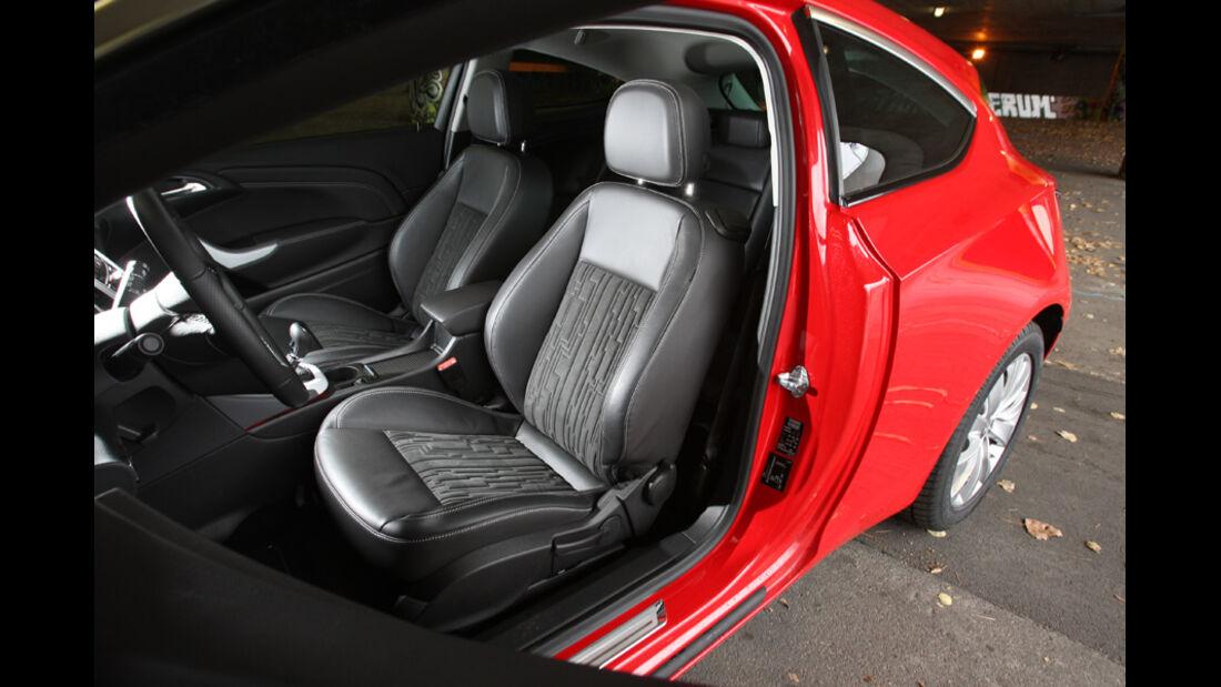 Opel Astra GTC 2.0 CDTi, Sitze
