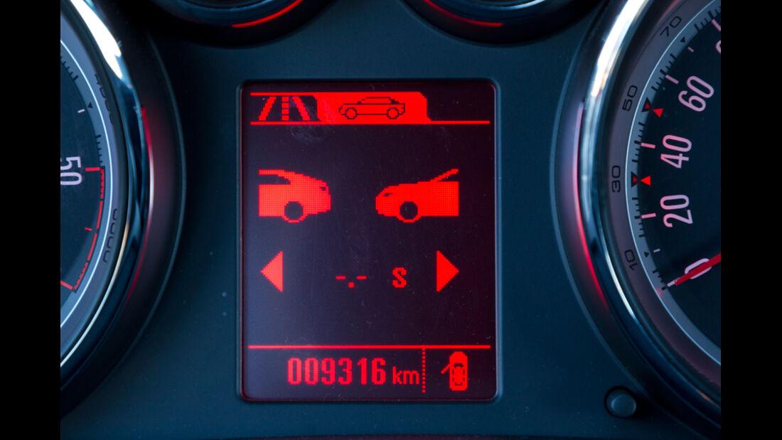 Opel Astra GTC, Display