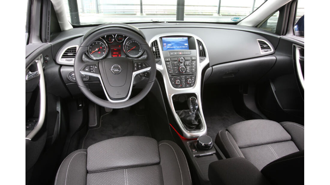 Opel Astra, Innenraum, Cockpit