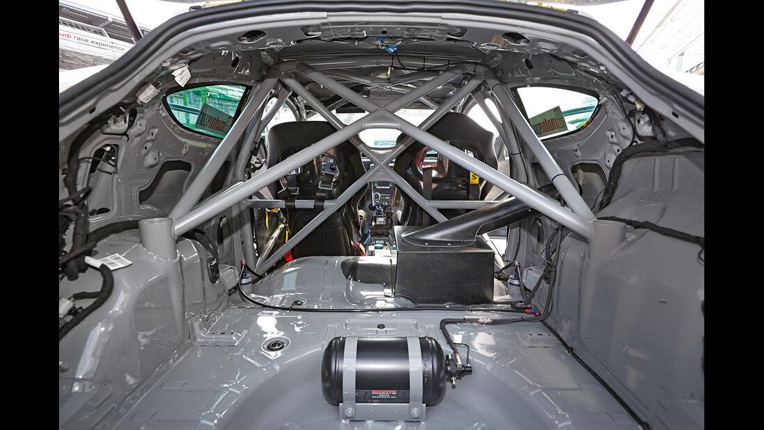 Opel Astra Käfig