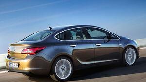 Opel Astra Limousine