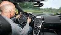 Opel Astra OPC, Cockpit, Volker Stycek
