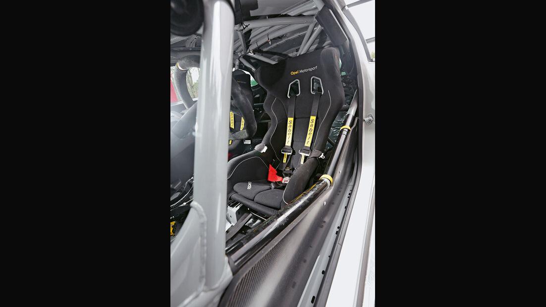 Opel Astra OPC Cup, Fahrersitz