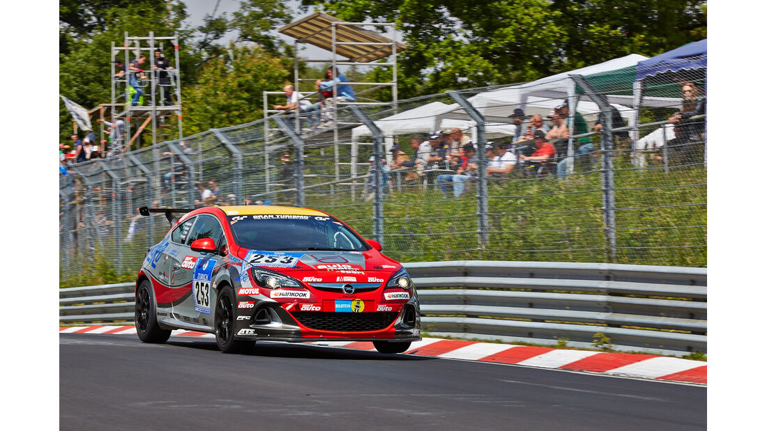 Opel Astra OPC Cup - Impressionen - 24h-Rennen Nürburgring 2014 - #253 - Qualifikation 1