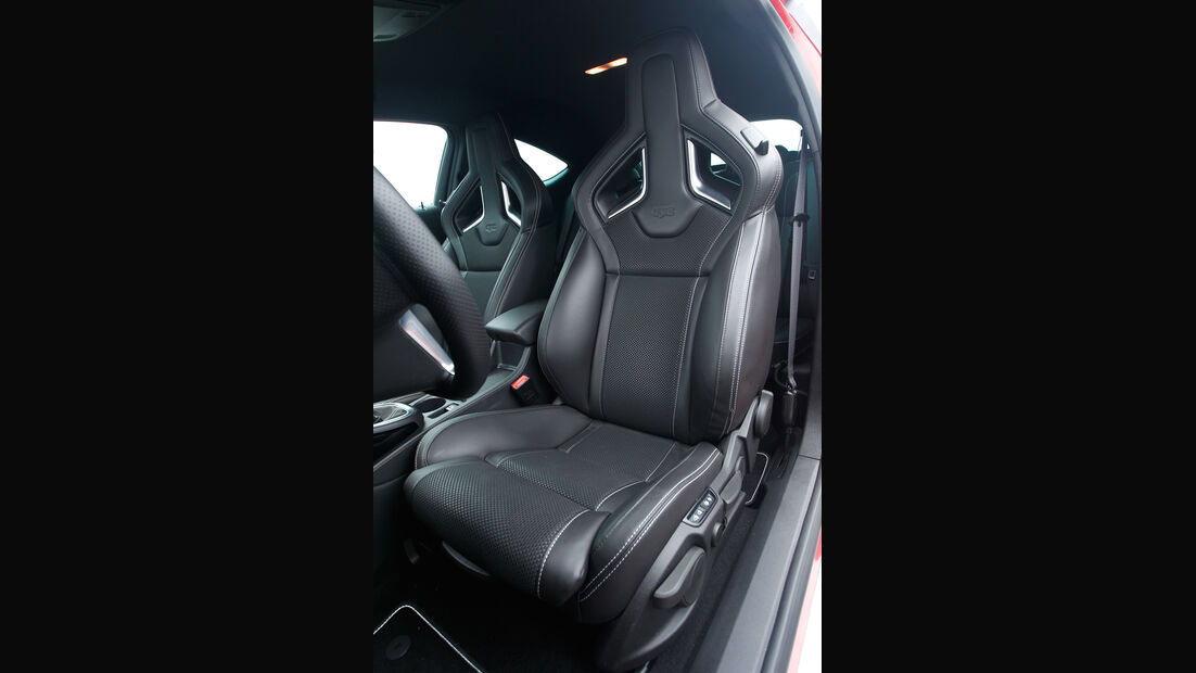 Opel Astra OPC, Fahrersitz