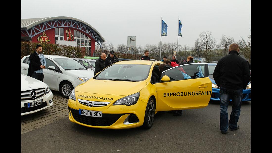 Opel Astra OPC, Frontansicht, Fahrertür
