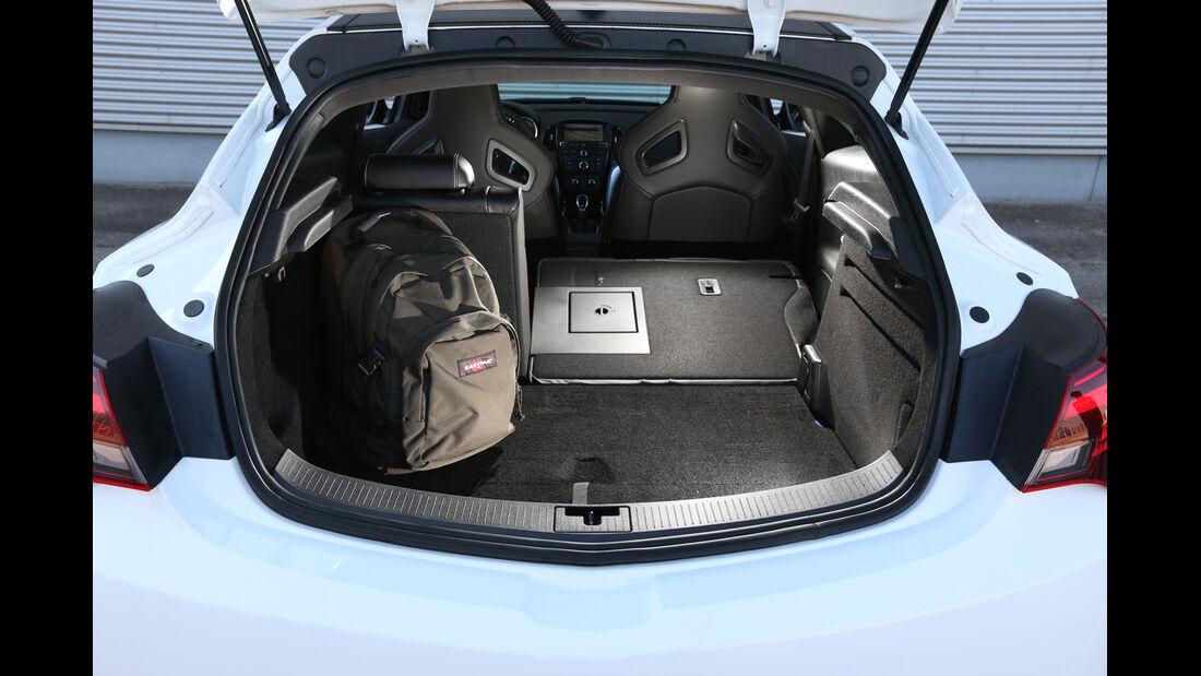 Opel Astra OPC, Kofferraum