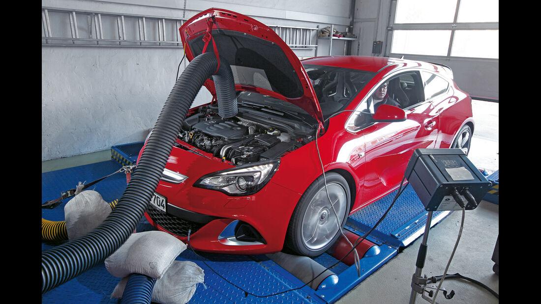 Opel Astra OPC, Motor, Hebebühne
