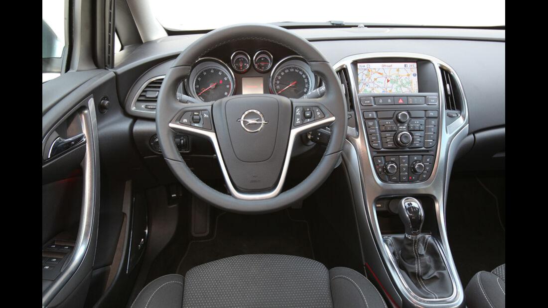 Opel Astra Sp.Tourer 1.4 Turbo Innovation, Cockpit, Lenkrad