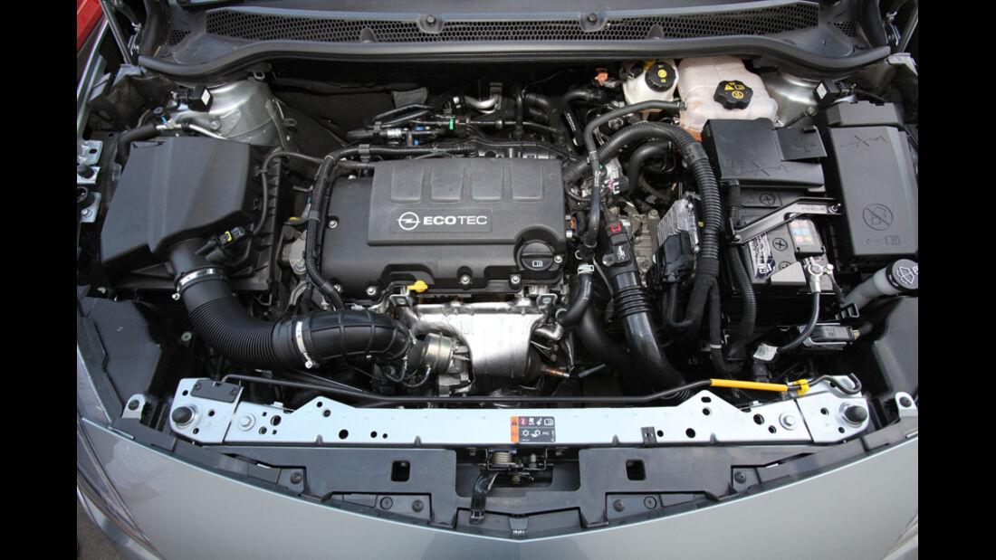 Opel Astra Sp.Tourer 1.4 Turbo Innovation, Motor, Motorraum