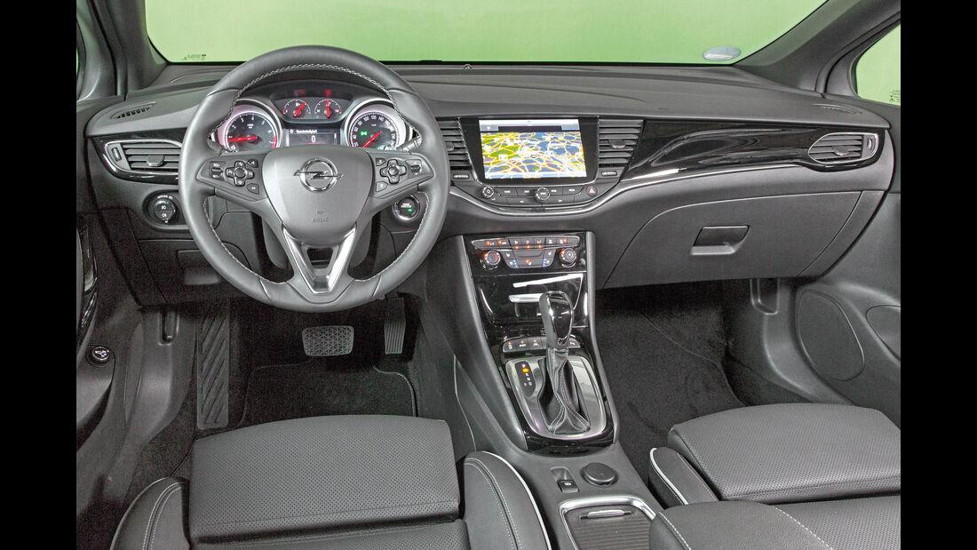 Opel Astra Sports Tourer 1.4 DI Turbo, Cockpit
