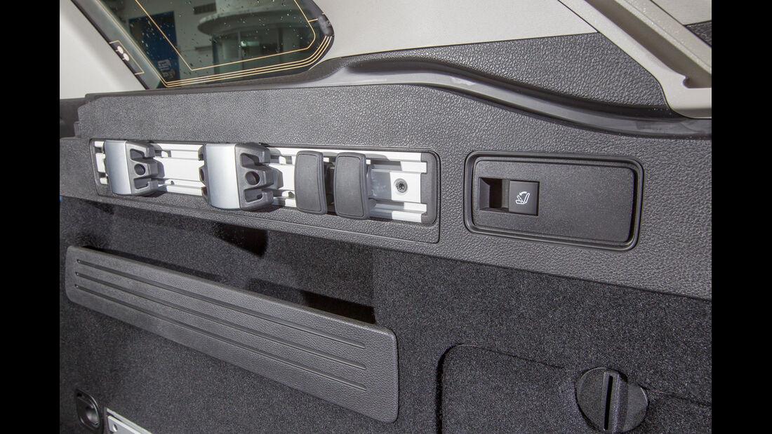 Opel Astra Sports Tourer 1.4 Turbo, Haltemöglichkeiten