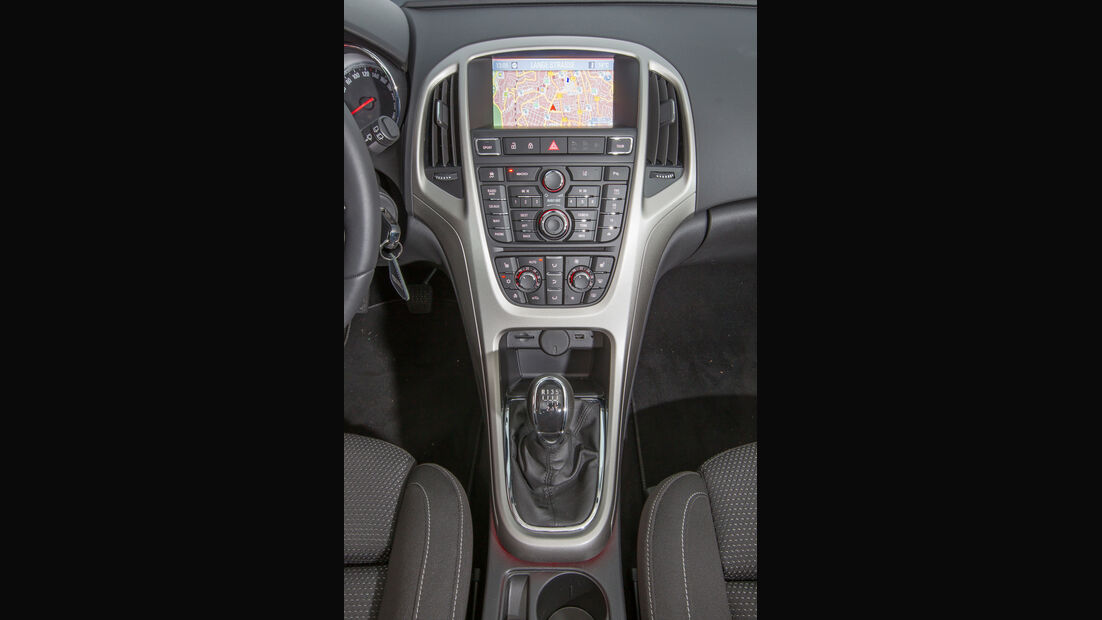 Opel Astra Sports Tourer 1.4 Turbo, Mittelkonsole