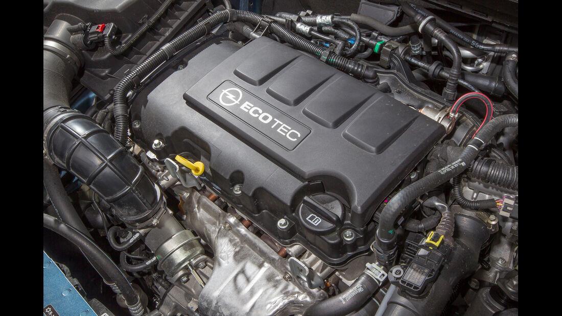 Opel Astra Sports Tourer 1.4 Turbo, Motor
