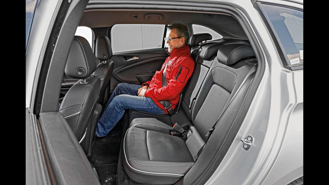 Opel Astra Sports Tourer 1.6 CDTI Ecoflex, Fondsitze