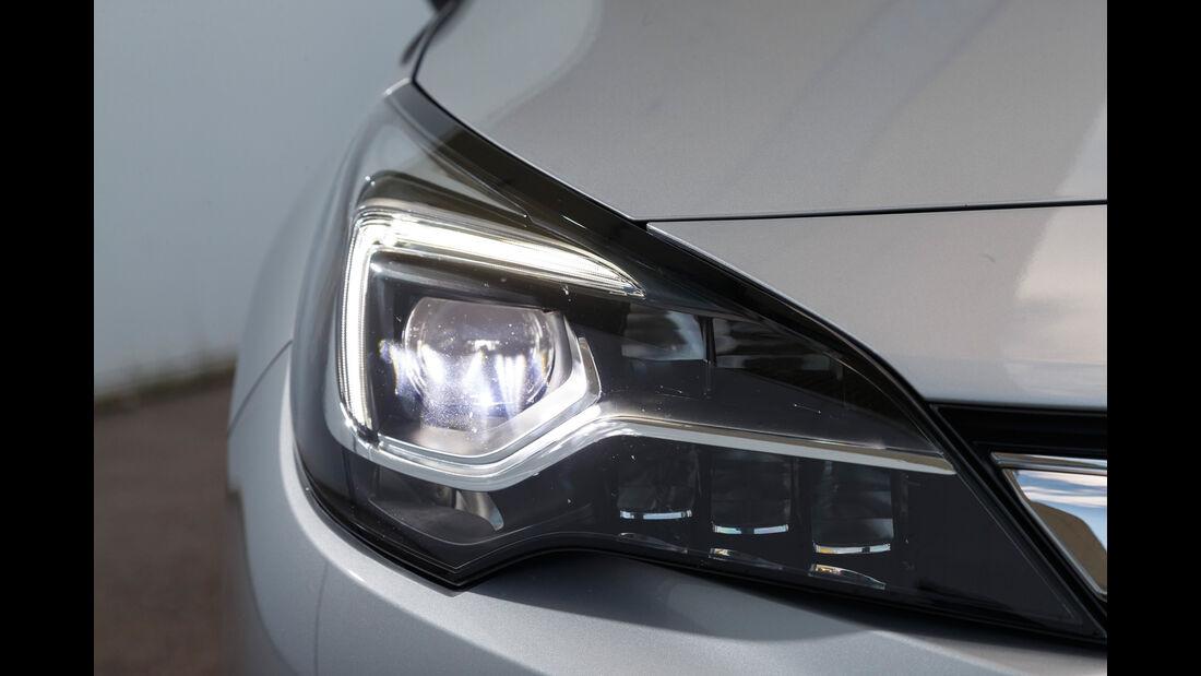 Opel Astra Sports Tourer 1.6 CDTI Ecoflex, Frontscheinwerfer