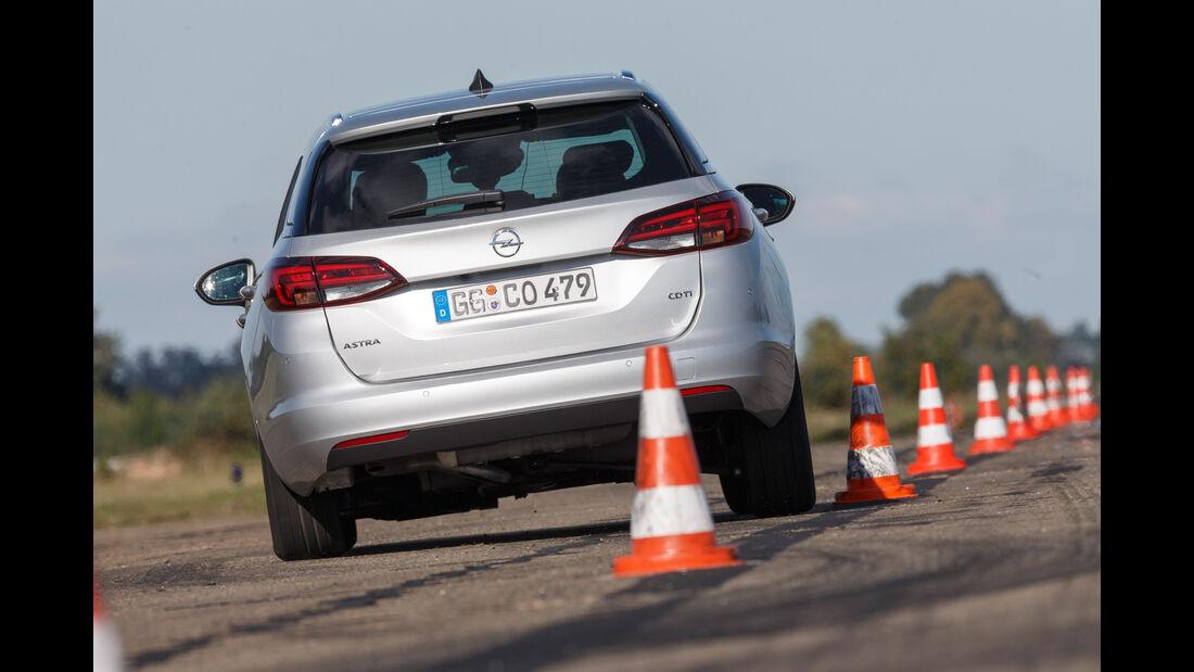 Opel Astra Sports Tourer 1.6 CDTI Ecoflex, Heckansicht