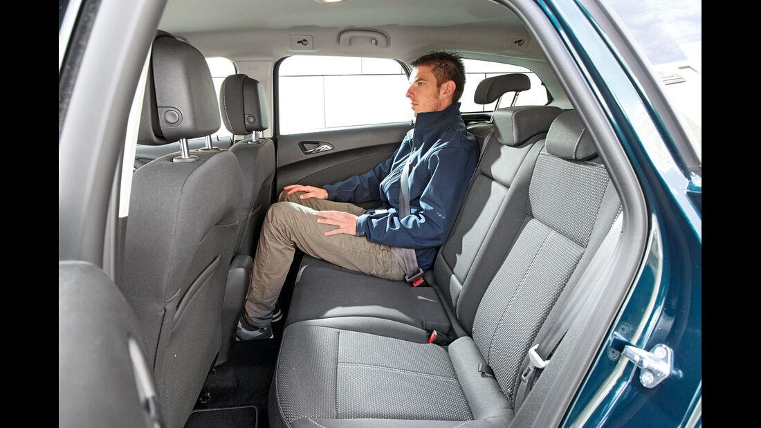 Opel Astra Sports Tourer 1.6 CDTI, Fondsitz, Beinfreiheit