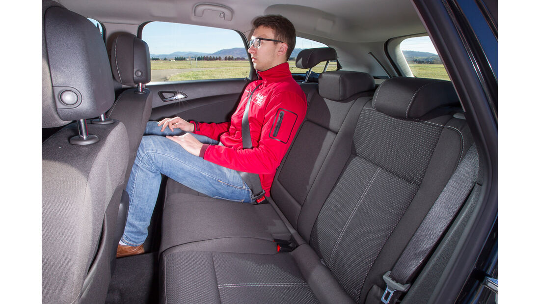 Opel Astra Sports Tourer 1.6 CDTI ecoFLEX Energy, Fondsitz, Beinfreiheit