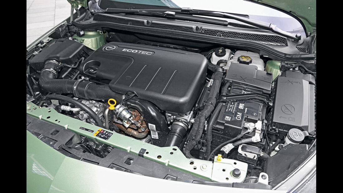 Opel Astra Sports Tourer 1.7 CDTi Ecoflex Edition, Motor