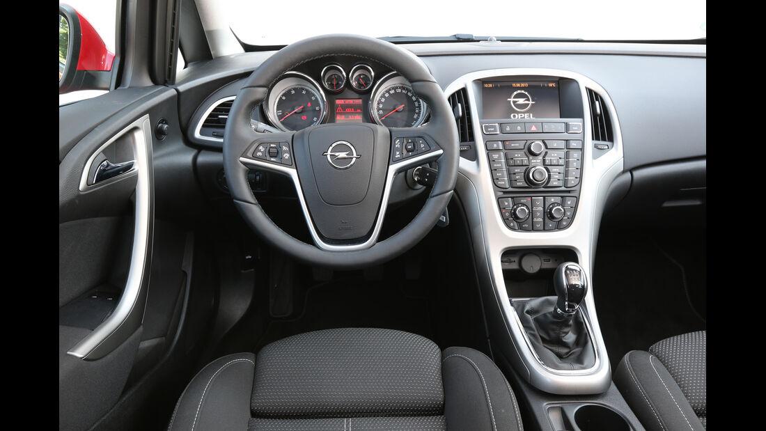 Opel Astra Sports Tourer 2.0 CDTi ecoflex Edition, Cockpit, Lenkrad