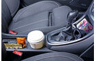 Opel Astra Sports Tourer, Cupholder