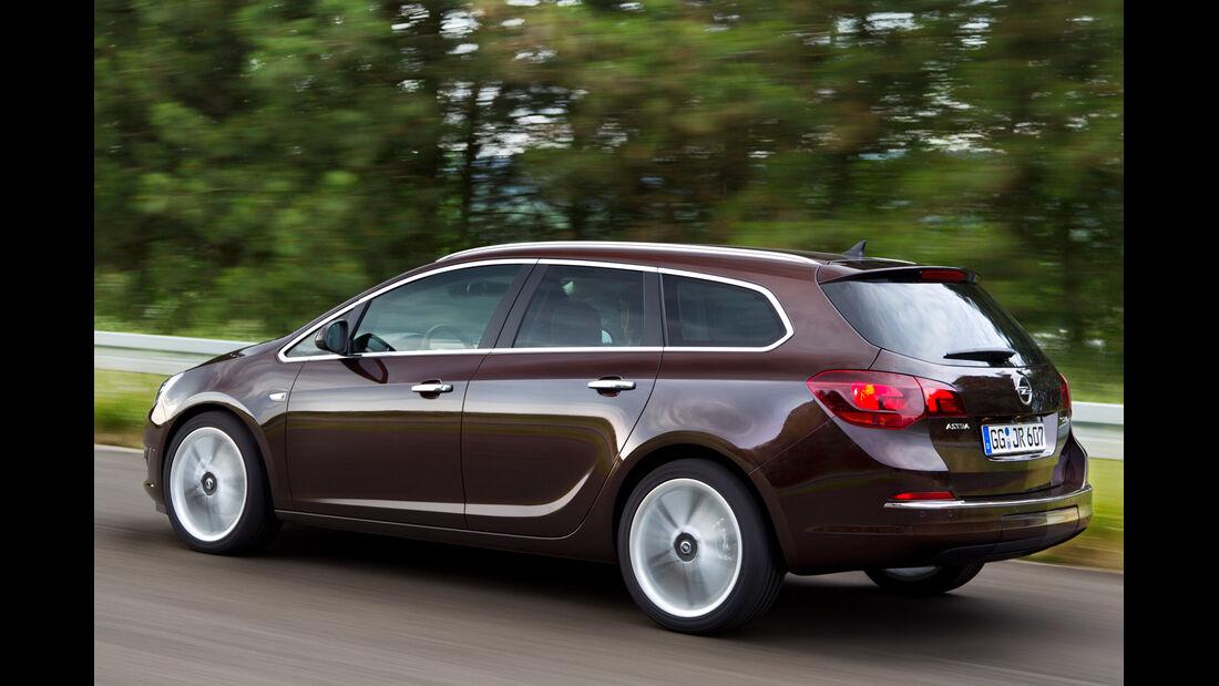 Opel Astra Sports Tourer, Heckansicht