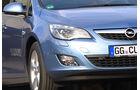 Opel Astra Sports Tourer, Scheinwerfer