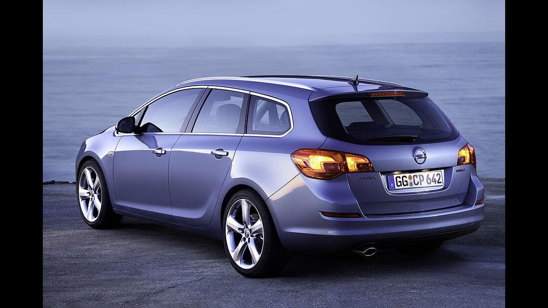 Opel Astra Sportstourer, Astra Kombi
