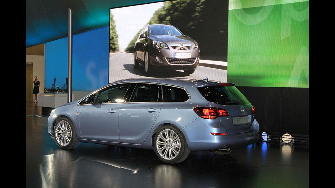 Opel Astra Sportstourer, Innenraum