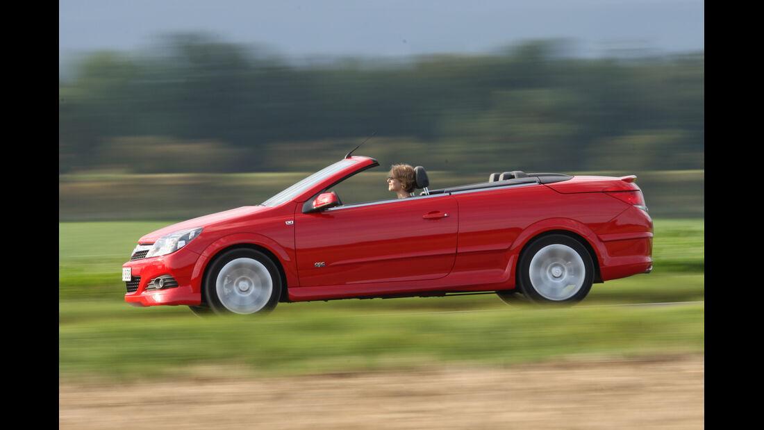 Opel Astra Twin Top 1.6, Seitenansicht