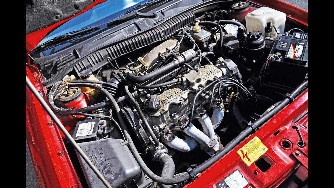 Opel Calibra 2.0i, Motor