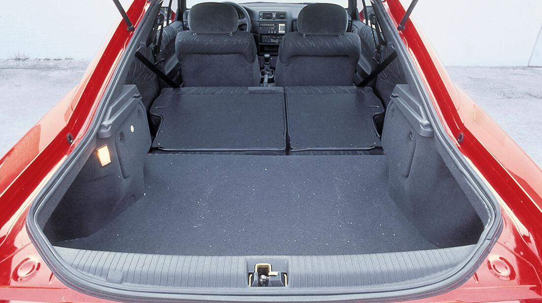 Opel Calibra, Kofferraum