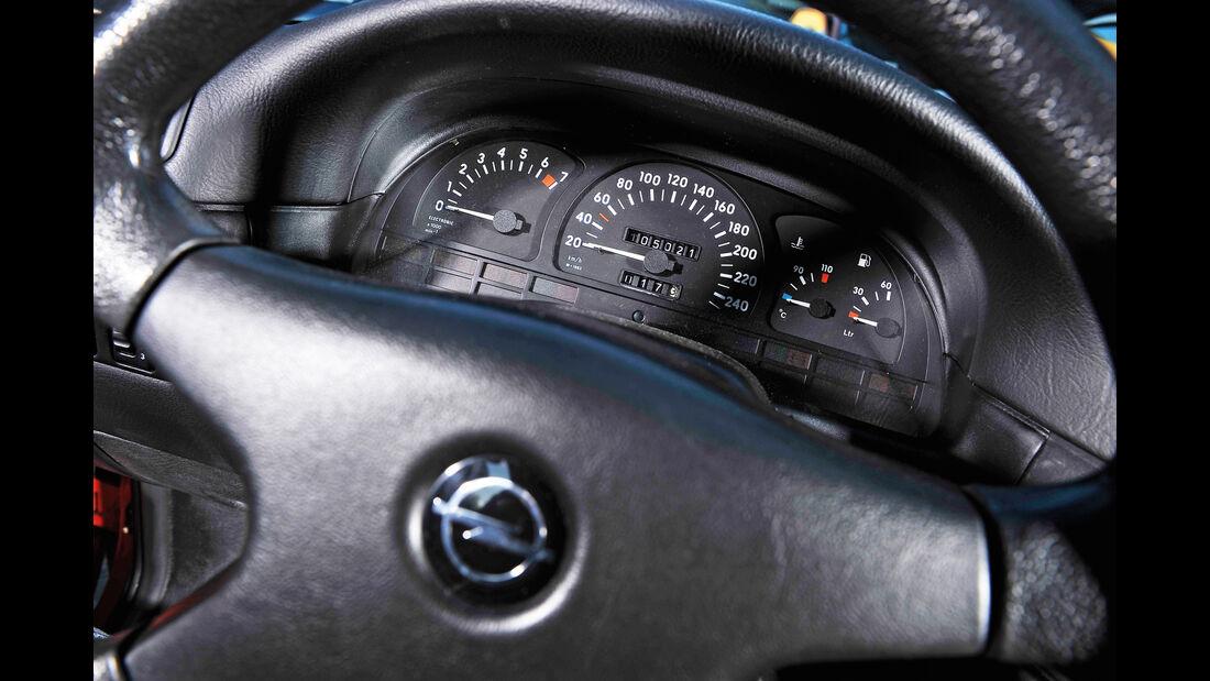 Opel Calibra, Rundinstrumente, Lenkrad