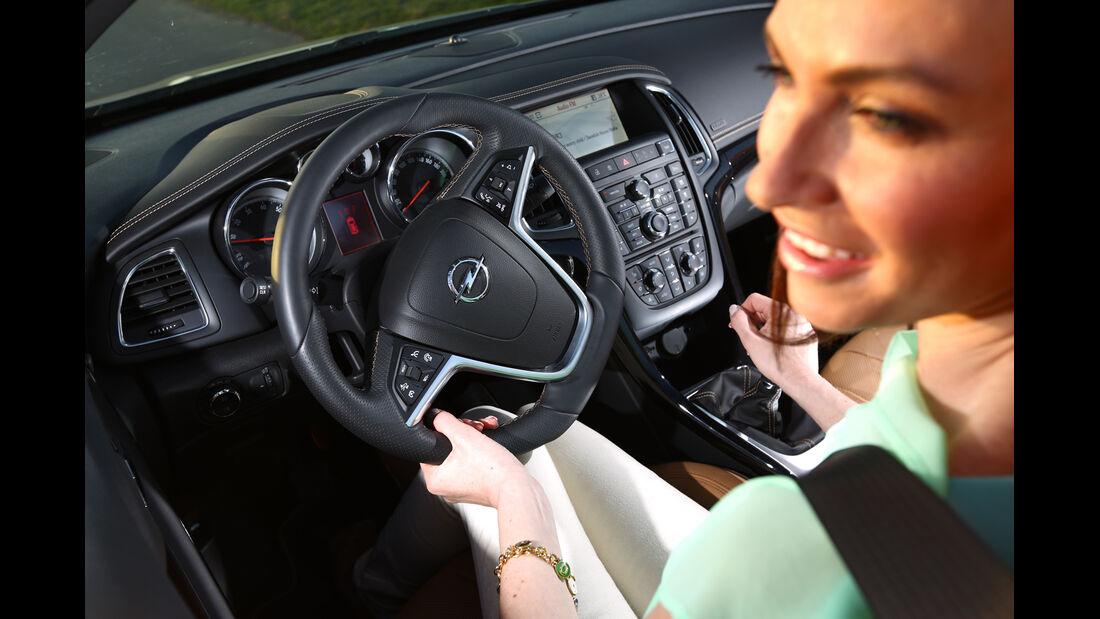 Opel Cascada 1.6 Turbo SIDI Turbo, Cockpit, Lenkrad