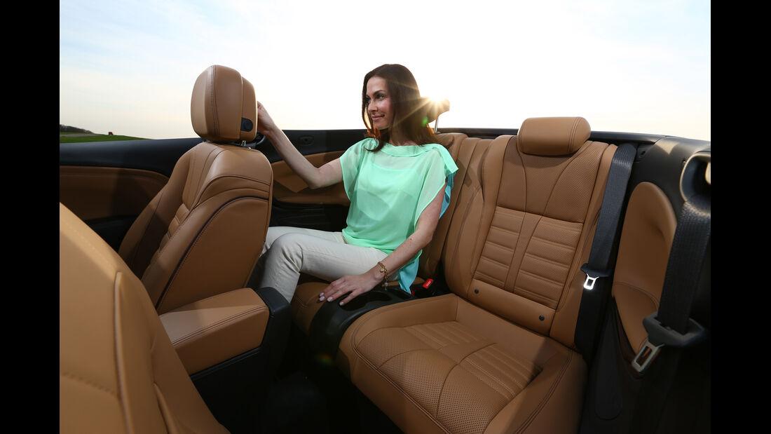 Opel Cascada 1.6 Turbo SIDI Turbo, Rücksitz, Beinfreiheit