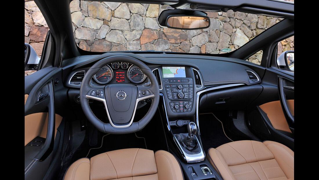 Opel Cascada, Cockpit, Lenkrad