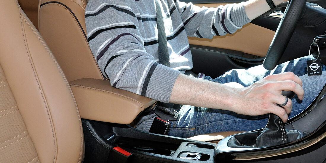 Opel Cascada, Innenraum, Armlehne, Armauflage