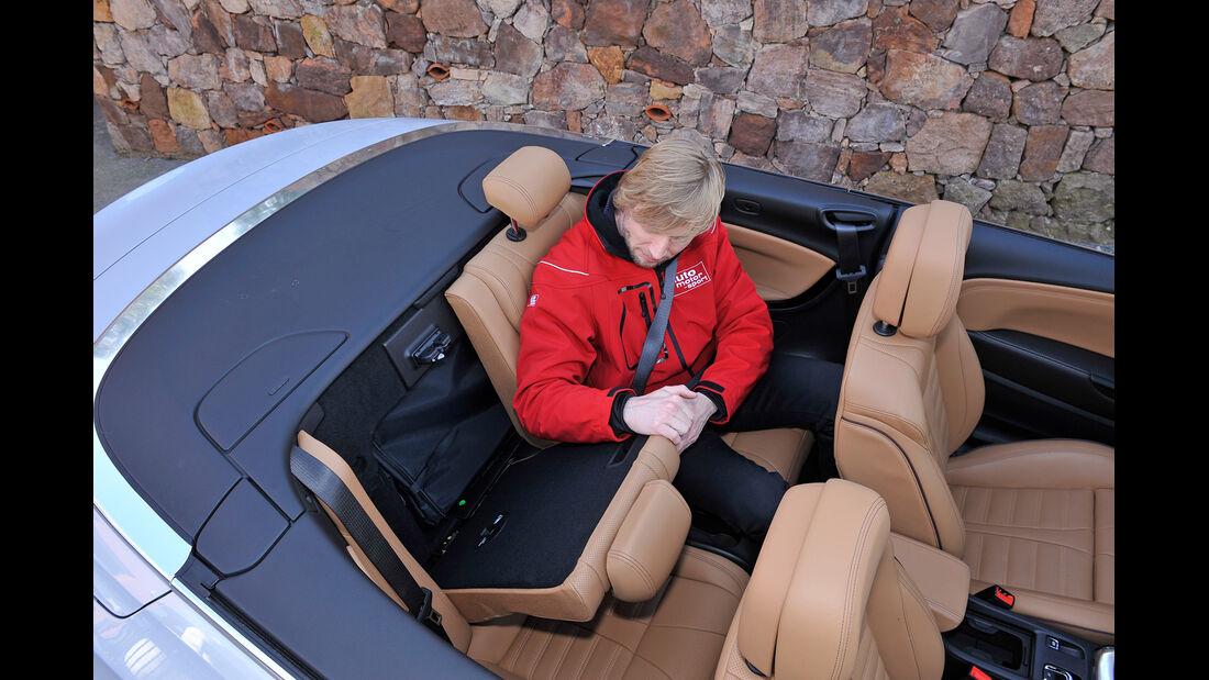 Opel Cascada, Rücksitz, Beinfreiheit