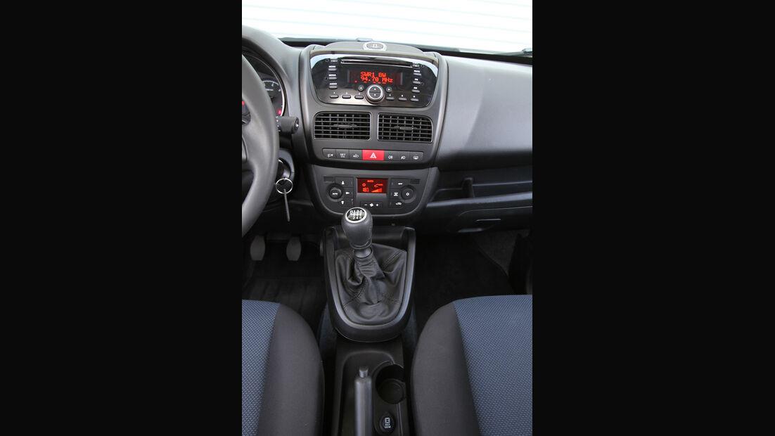 Opel Combo 1.6 CDTi, Mittelkonsole
