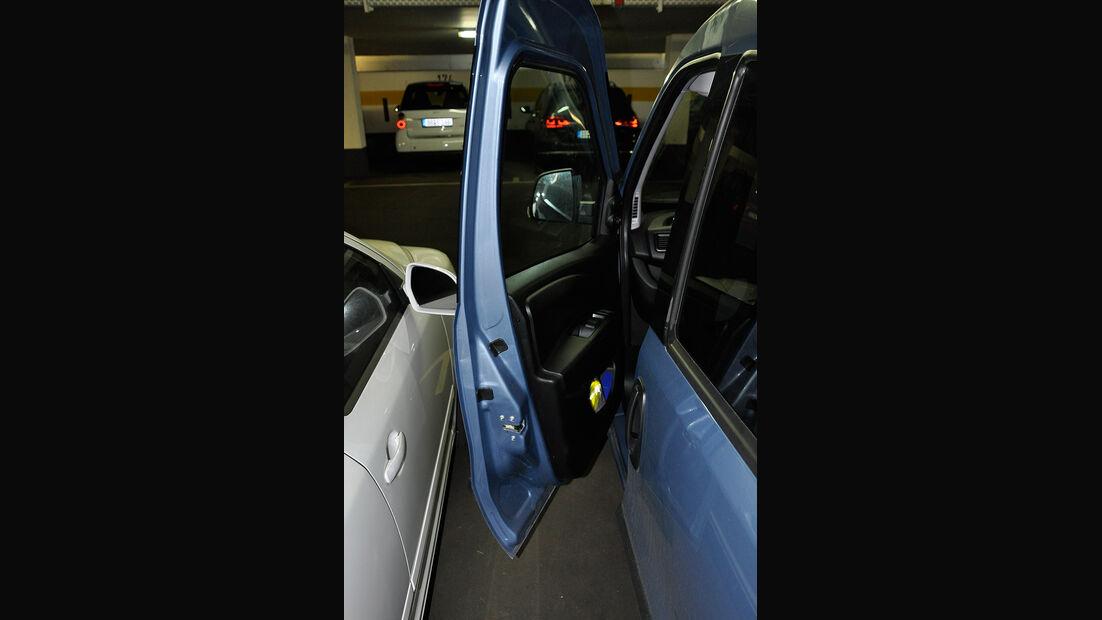 Opel Combo, Fahrertür, Parklücke