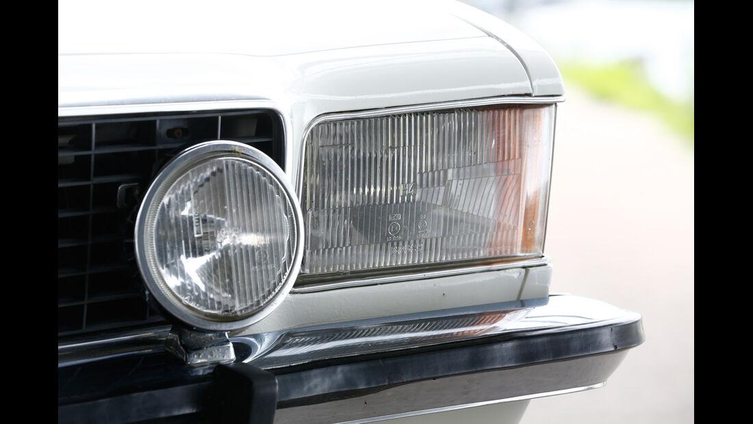 Opel Commodore B, Frontscheinwerfer